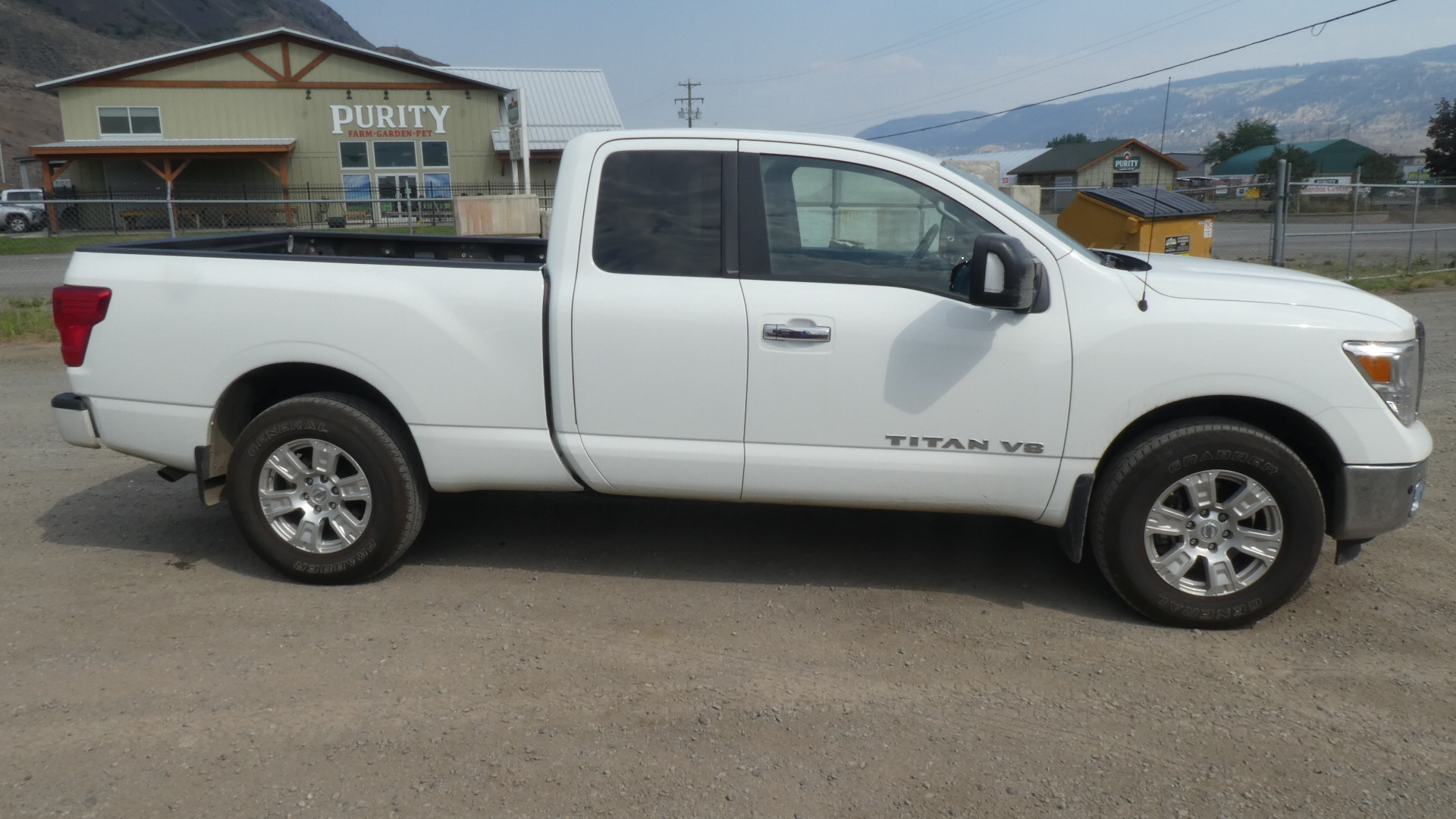 2018 Nissan Titan SV #B-KAM-0232 Located in Kamloops